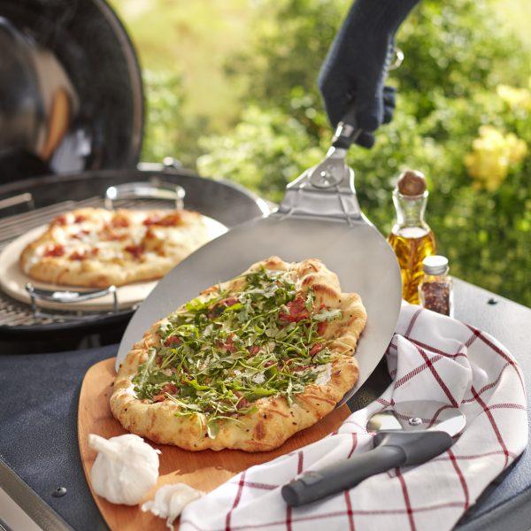 בישול טבעוני במטבח חוץ ראשית