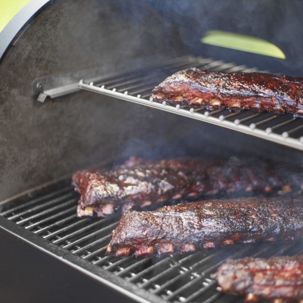 Weber-SmokeFire-cooking-grate-levels
